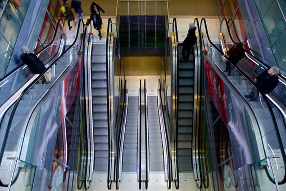 escalator-711793__340